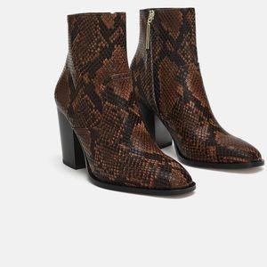 Zara women's snakeskin print boots